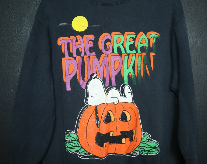 The Great Pumpkin vintage Peanuts sweatshirt Snoopy
