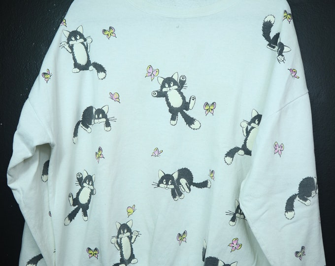 Cats & Butterflies puffy print 1990's vintage Sweater
