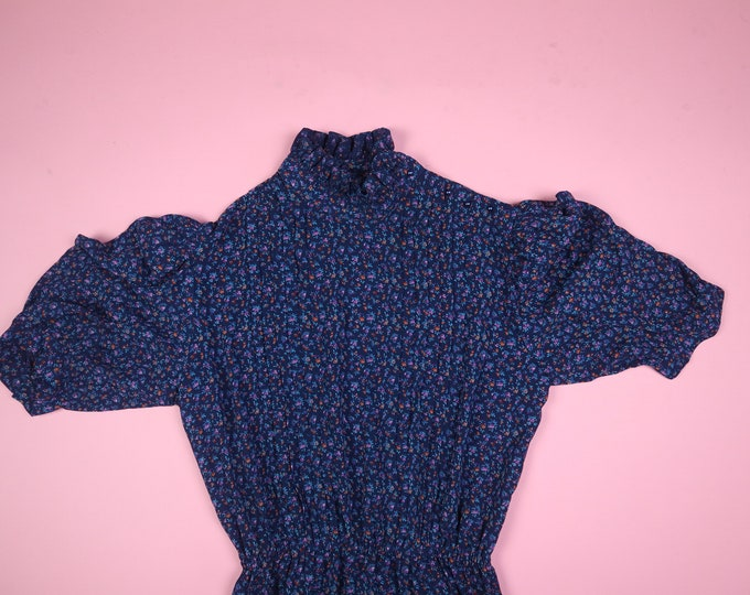 Charlee Allison All Over Flowers Ruffle Neck 1990's Vintage Dress