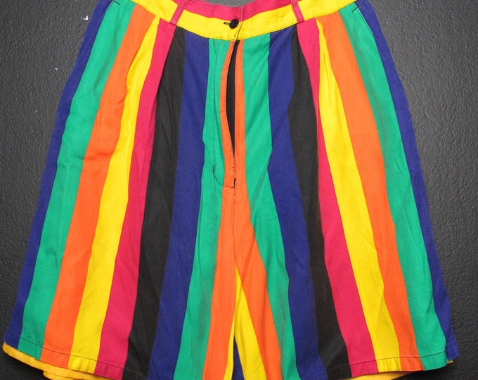 90's striped Cross Colours Style Vintage Shorts