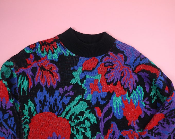 Flowers Red Roses 1990's vintage Knit Sweater