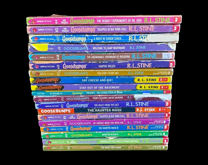 Choose One Or More! R.L Stine Goosebumps Vintage Books