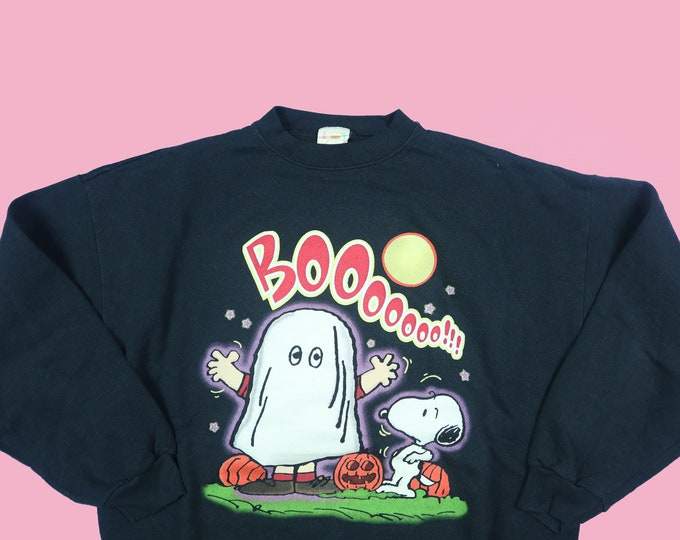 BOO!! Ghost and Snoopy Halloween Peanuts Charlie Brown 1990's Vintage Sweatshirt
