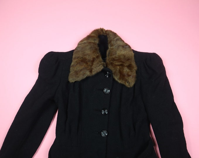 Black Vintage Coat with Fur Collar