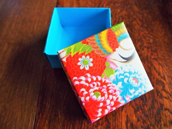 Red and blue floral origami gift box with lidfor small | Etsy