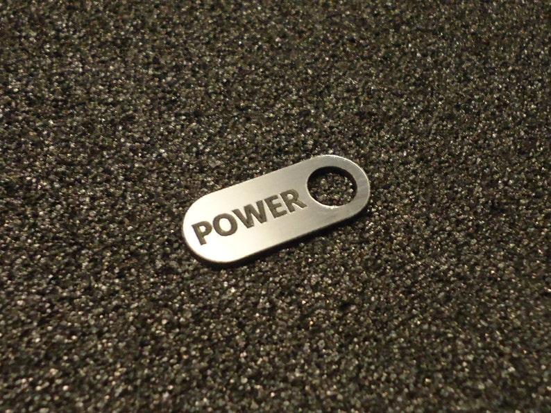 Commodore 64 Power Sticker Aufkleber Badge Logo Silver 25mm X 10mm 251