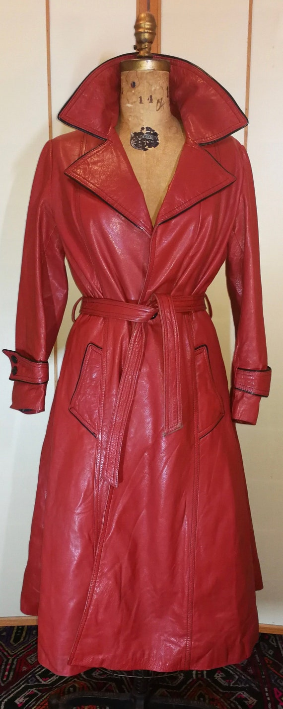 4058ed9c8 70s Red Soft Leather Coat Trench Spy Coat Black Piping Fit and Flare  Princess Hippy Twiggy L/XL