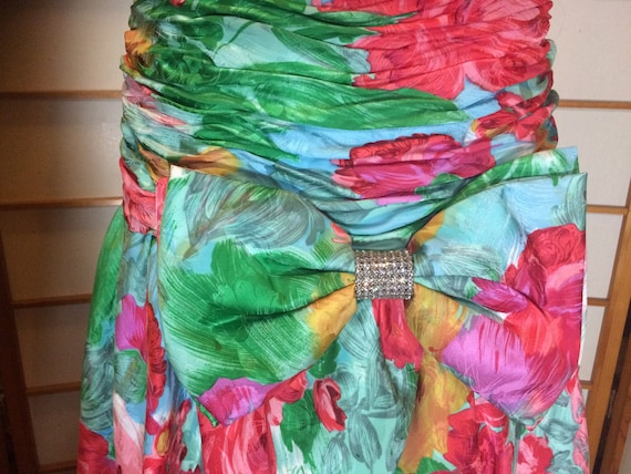 80s Does 40s Glam Ruched Floral Spring Drop Waist… - image 8