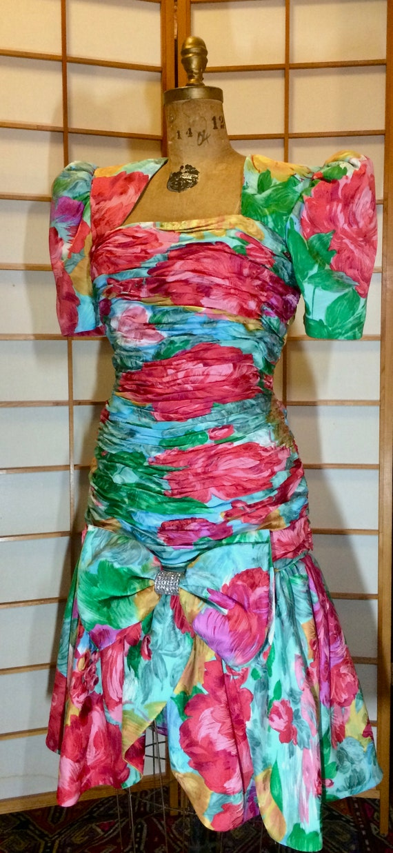 80s Does 40s Glam Ruched Floral Spring Drop Waist… - image 10