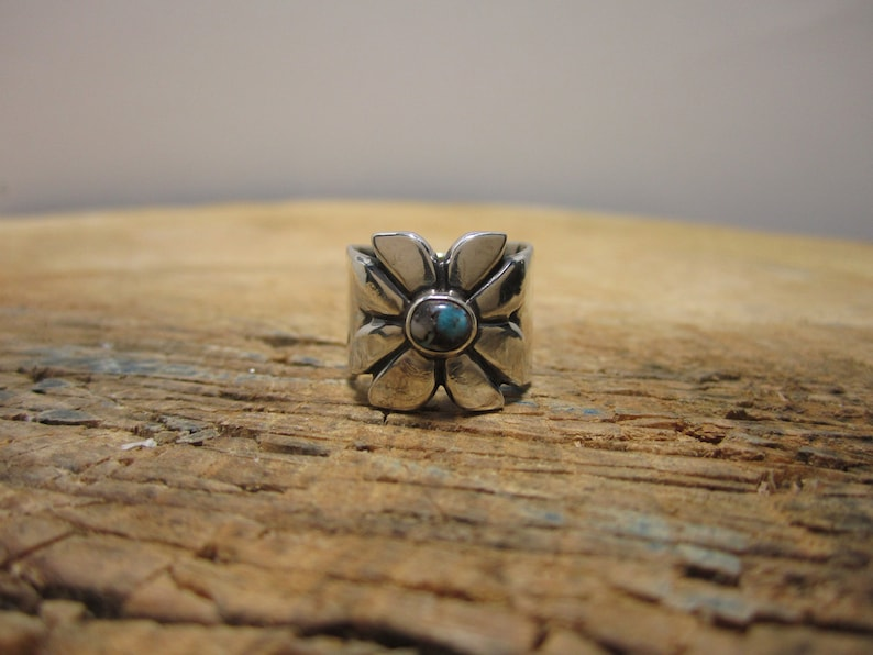 Bisbee Turquoise Silver Ring