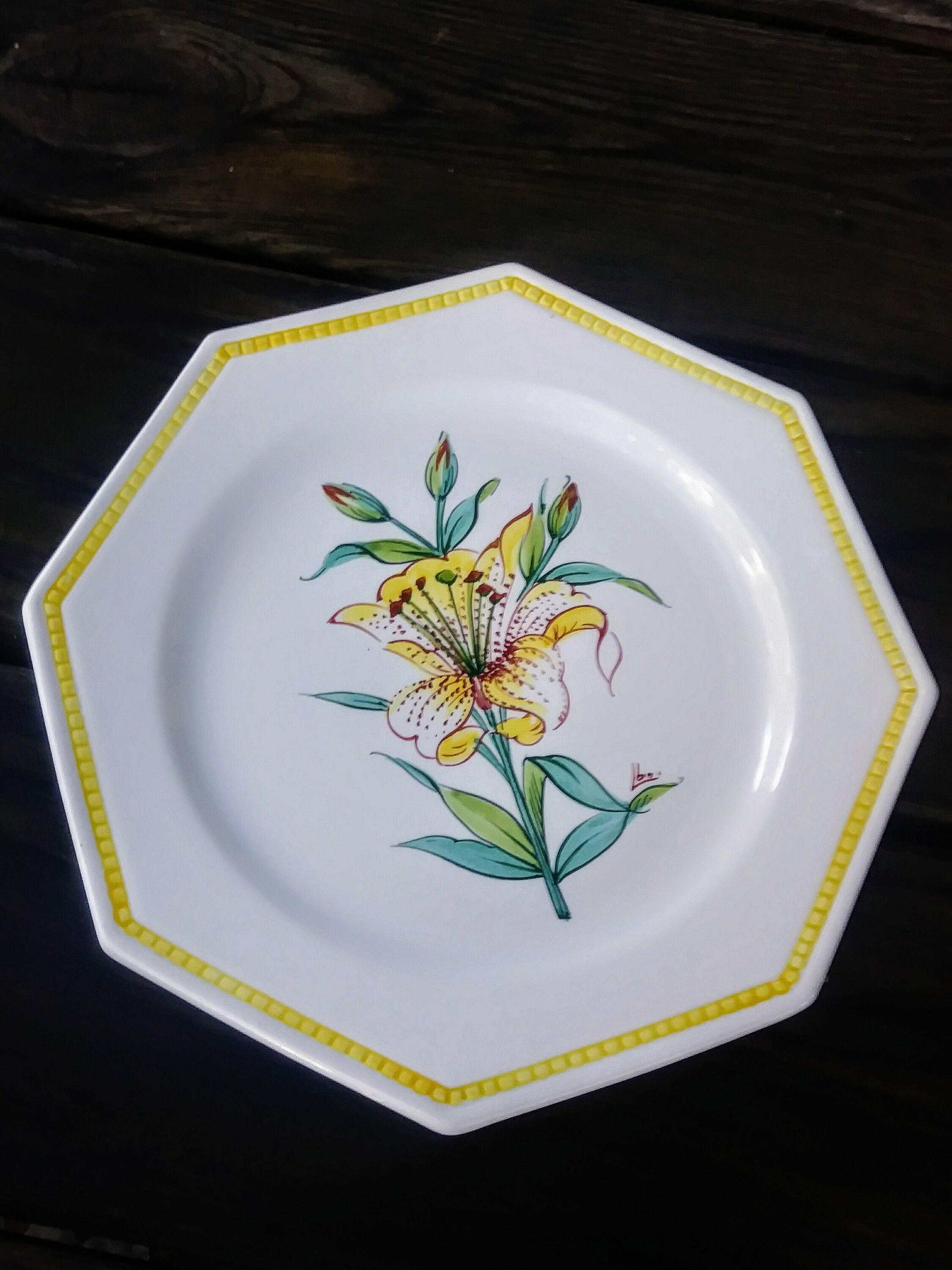 Italian Decorative Plates For Hanging.Decorative Yellow Lily Plate Made In Italy For Marshall