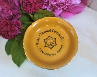 """Vintage Iconic """"Veuve Clicquot"""" tidy/ashtray/coaster Orange by Orchies Moulin des loups Made in France 1950s"""