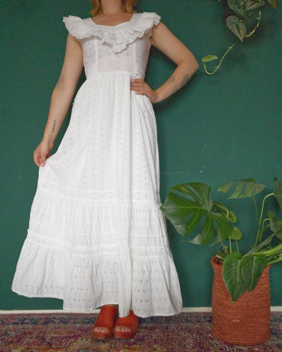 Vintage Cotton Broderie Anglaise Maxidress