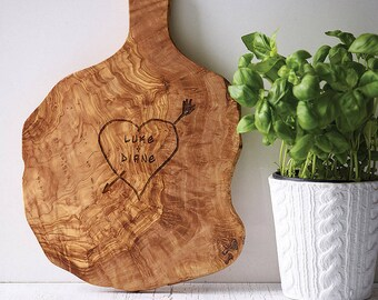 """Personalized Rustic """"Heart Carving"""" Chopping/Cheese/Serving Board - Olive Wood"""