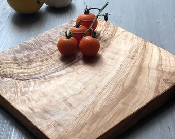 Square Olive Wood Chopping Board | Italian Olive Wood | Wooden Cheeseboard | Rustic Cutting Board | Cutting Board | 2 Sizes Available