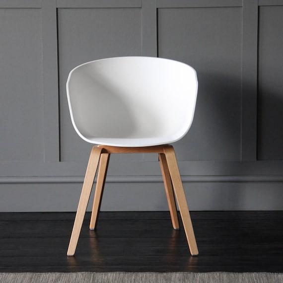Magnificent The Portobello Scandinavian Nordic Tub Dining Chair White Polypropylene White Seat Theyellowbook Wood Chair Design Ideas Theyellowbookinfo