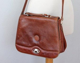Vintage leather messenger Genuine leather crossbody bag Large Italian handbag 1970's Womens leather bag Long strap bag