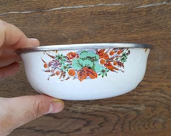 Vintage white enamel bowl with retro flower print Small enamel bowl Enamelware planter saucer Retro kitchen Cottage Old kitchen dish