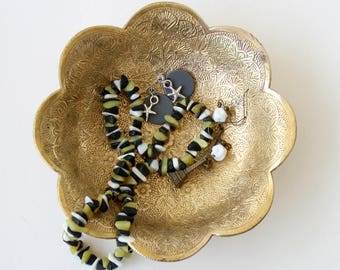 Vintage brass etched bowl , scalloped edge bowl, trinket dish, brass home decor, bohemian bowl, boho chic antiqued gold decor, hostess gift