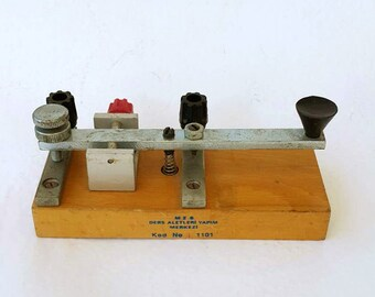 Vintage telegraph key model 1970's educational gadget Retro industrial decor Old School supplies Collectible Science history lab device