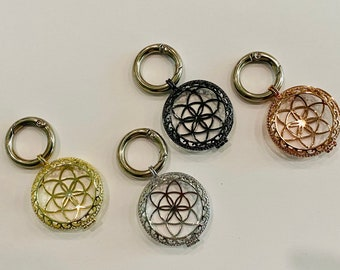 Custom Apple AirTag Case Holder Filigree Metal AirTag Tracker Keychain Protective Cover Hand Made