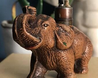 ELEPHANT LIGHTER: A great 1930's Art Deco antique strikalite lighter.