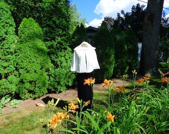 Short Velvet Hooded Bridal Cape Wedding Cloak