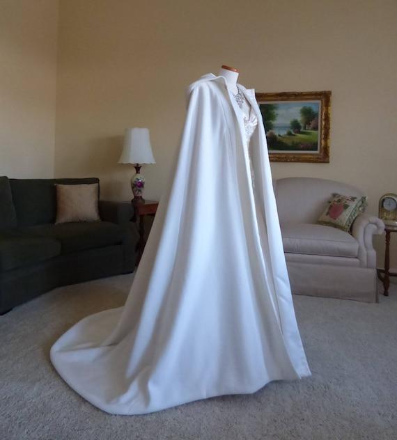Cloak white cape wedding dress costume snow ice queen Narnia witch Christmas xmas renaissance tudor larp wicca ELSA elven LOTR