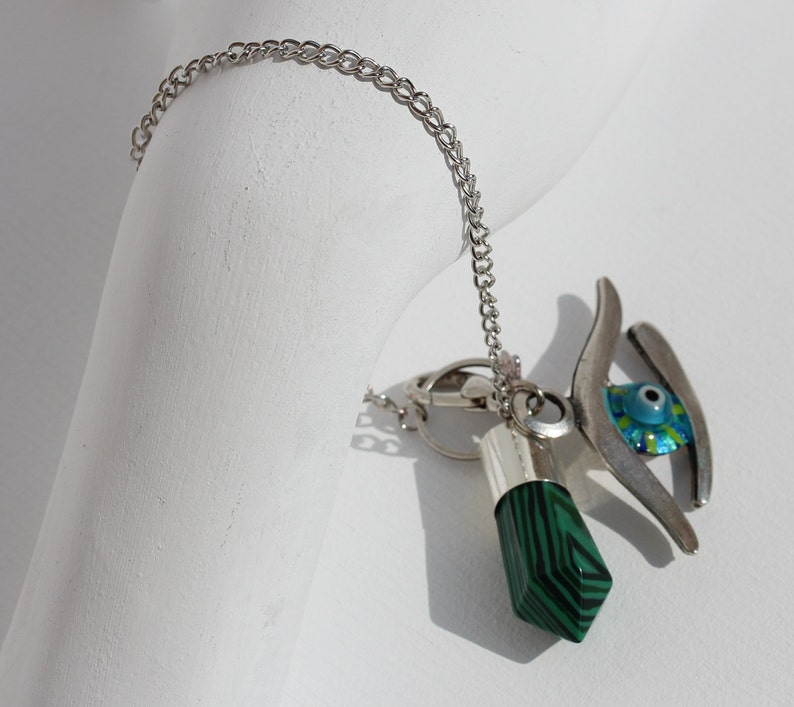 Gemstone Dowsing Kit Divination Altar Tool Evil Eye and Celtic Circle Spiritual Jewelry Green Malachite Pendulum Bracelet with Star Box