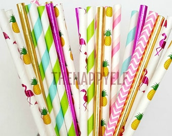 Flamingo straws. pineapple straws. flamingo party. final flamingle. tropical straws. tropical decor. flamingo decor. flamingo paper straws.