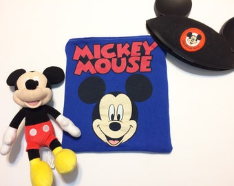DISNEY Upcycled T-shirt Pouch. Recycled T-shirt Bag. Upcycled Mickey Mouse Zipper Pouch.