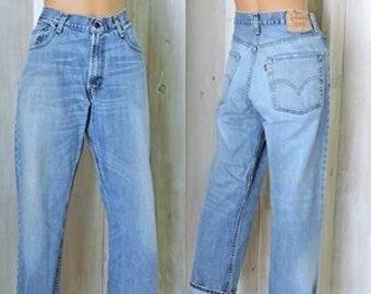 abe2a5d230e Levis 569 jeans 32 X 30 womens size 8 / 9 / vintage loose fit straight leg levi  jeans / mens or womens boyfriend jeans