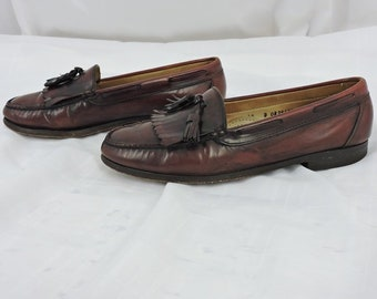 753bafb84bf96 Vintage G H Bass loafers Mens 10 D made in Brazil basket weave