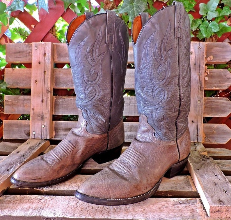 c4570dbd20f Cowboy boots Mens 9.5 D / vintage J Chisholm handcrafted USA / gray leather  western boots