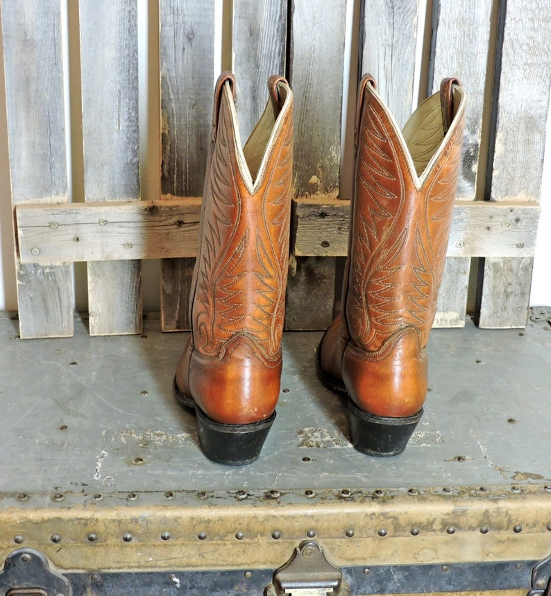 Vintage 70s cowboy boots mens 10 D  1970s Acme boots made in USA  brown western boots