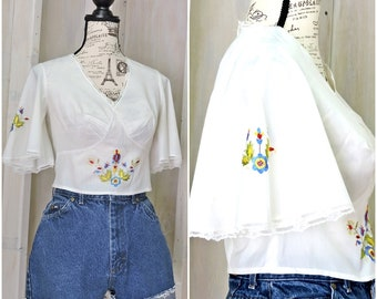 Vintage 70s crop top / white cotton / handmade / hand embroidered / boho / hippie / festival / summer / size S / M