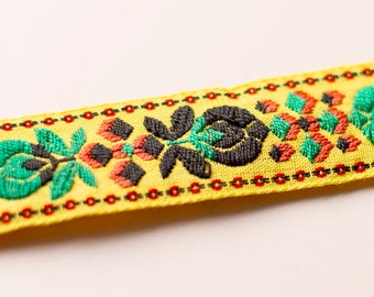 Abstract Flower Cubes Embroidery Vintage Fabric Trim 24mm