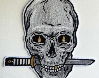 Skull with knife Chain stitch patch