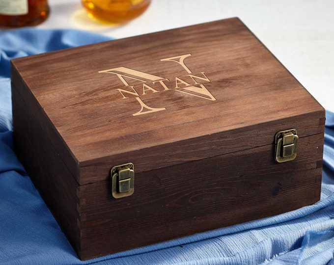 Personalized wooden gift box, Engraved Name Box, Wooden Keepsake box, Groomsman gift box, Rustic Gift Box, Christmas gift box