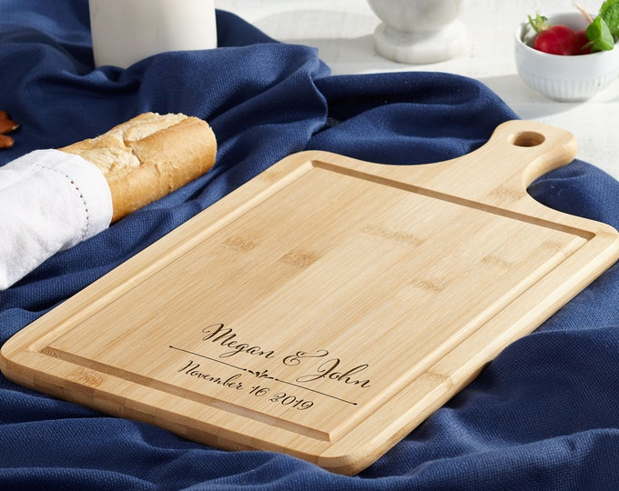 Personalized bread Board, customized cheese board, Bamboo paddle board with Juice Groove, wedding gift, housewarming gifts, Christmas gifts