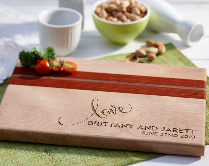 Personalized Cutting Board, Engraved board, housewarming gifts, wedding gift,Gifts for the couple, Christmas gifts, Board with a heart
