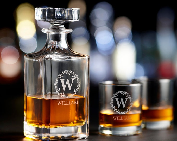 Personalized Whiskey Decanter, Engraved Decanter Set, Monogrammed decanter, Groomsmen Gift, Scotch Decanter, Housewarming Gift