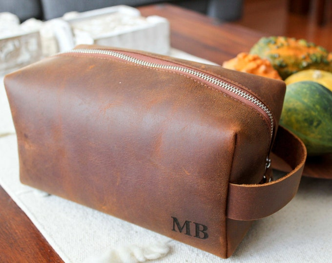 Personalized Toiletry Bag, Personalized Leather Dopp Kit, Bag Shaving Kit, Groomsmen gift, Travel bag, Fathers day gift
