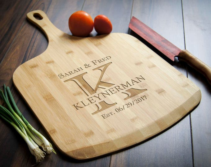 Personalized pizza board, custom pizza peel, engraved pizza board, housewarming gift, Pizza lovers
