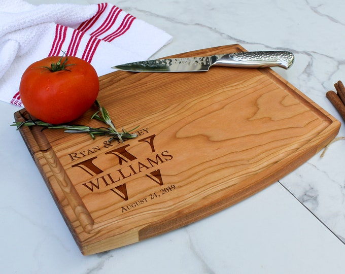 Personalized Cutting Boards, Engraved cutting board, Juice groove cutting boards, housewarming gifts, wedding gift, Christmas gift