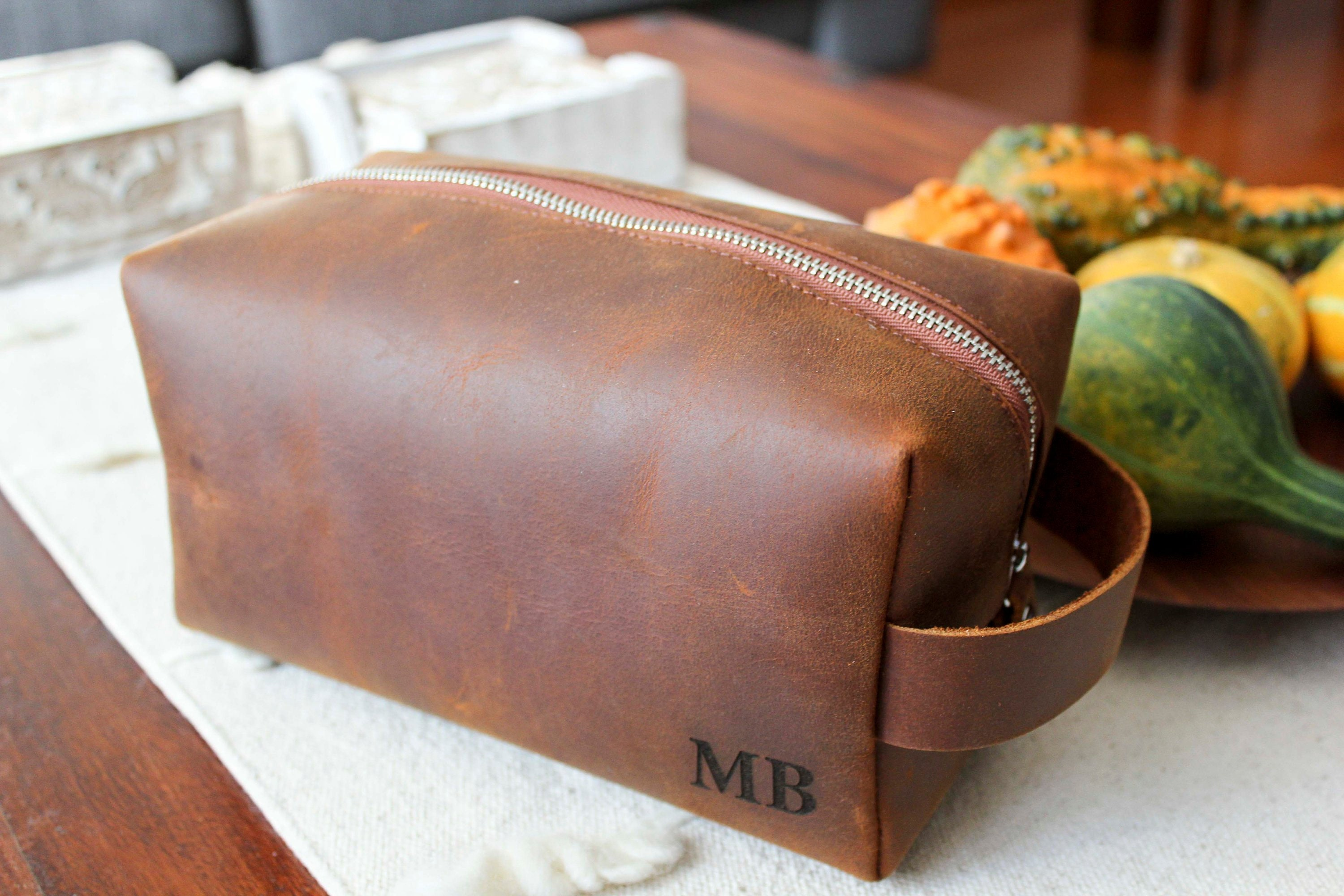 937d75f3aecf ... Personalized Leather Dopp Kit