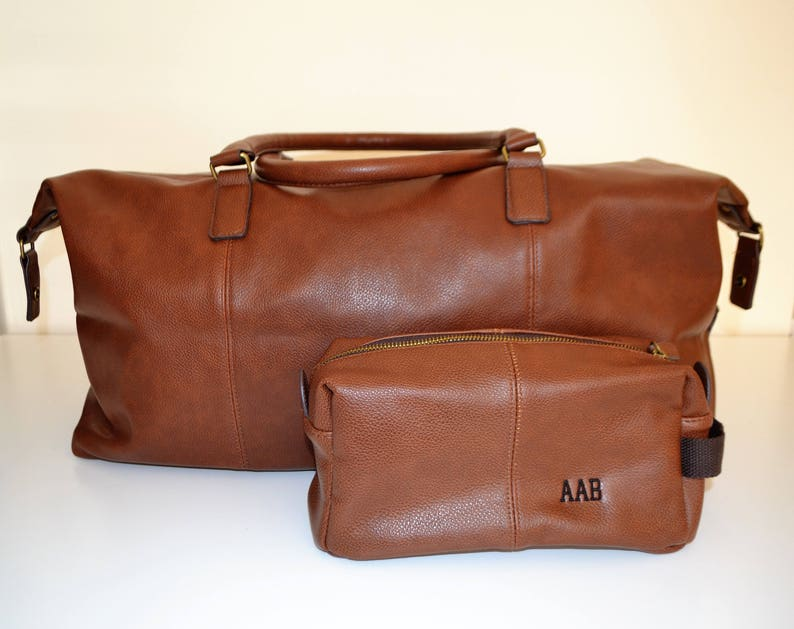 Personalized Mens travel bag set Personalized Groomsmen Gift image 0
