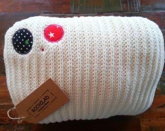 White knit pillow