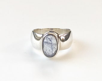 Purple Tanzanite Oval Cabochon Gemstone Ring, 925 Sterling Silver, Ring Size 8, Gift for Her.