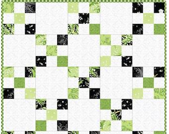 Greenery Irish Chain Precut Quilt Kit Pod by Maywood Studio MAS06-GRE